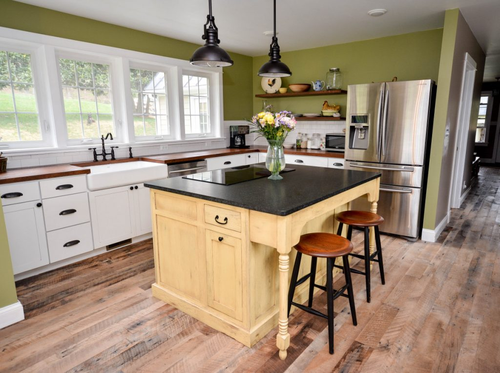 Image of: Custom Designed Kitchen Islands Made From Reclaimed Wood Sk H